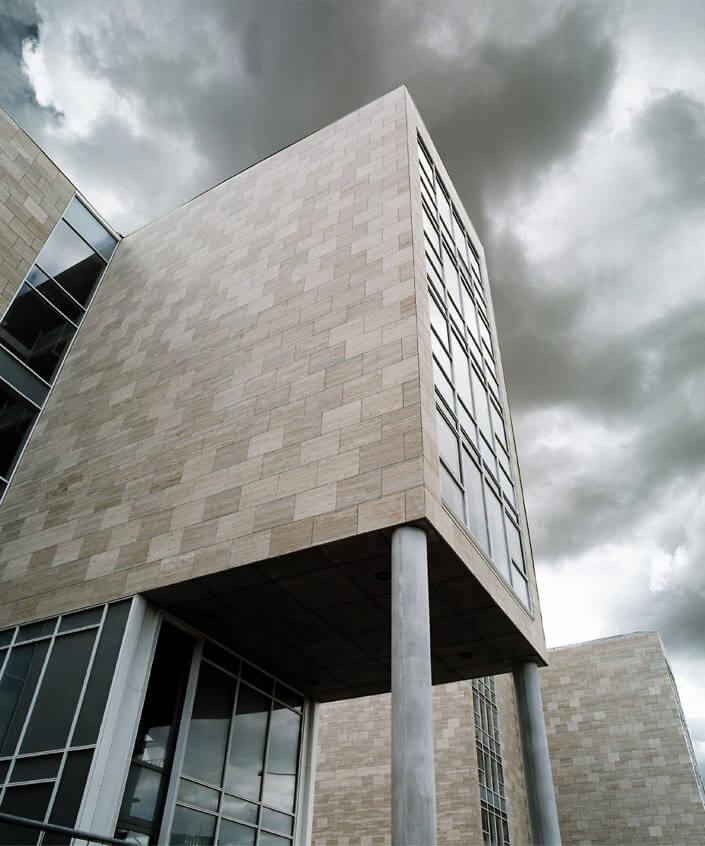 Arkitekturfotografi af lKøbenhavns Universitet