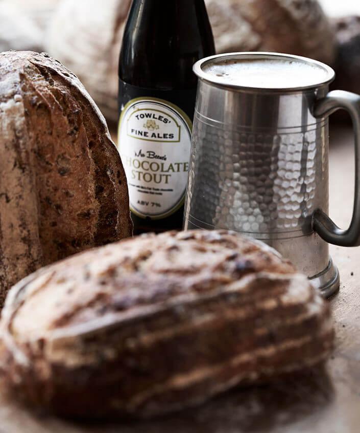 Madfotografi af brød for Fire Belly Bakery